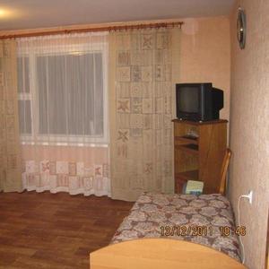 Сдаю 2-х комнатную квартиру на сутки и более в центре г.Слоним