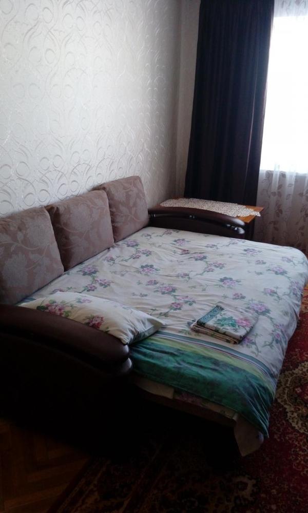 Сдам квартиру на сутки,  часы в Слониме Брестская 103/4 4